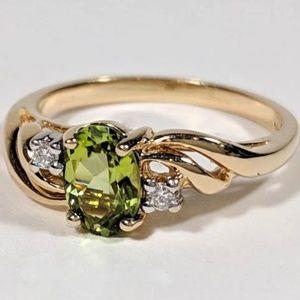 Jewelry - Genuine Peridot & Diamond Ring 14kt Gold